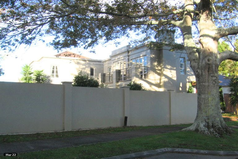 Property photo for 1/1 Acmena Lane, Pakuranga, Auckland, 2010