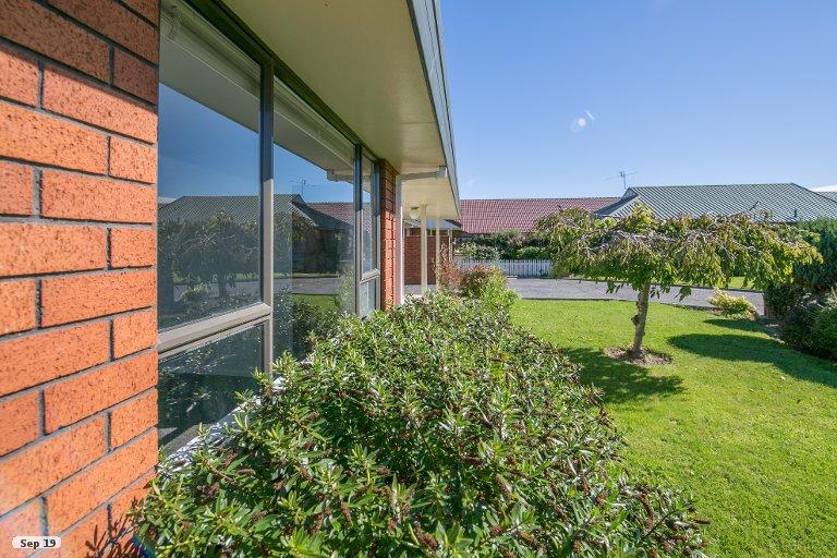 Property photo for 2 Arthurson Mews, Woolston, Christchurch, 8023