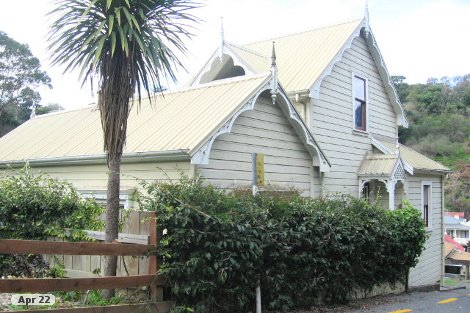 Photo of property in 8 Burke Street Hospital Hill Napier City