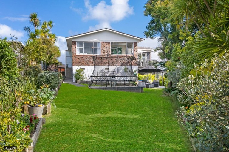 Property photo for 46 Ripon Crescent, Meadowbank, Auckland, 1072