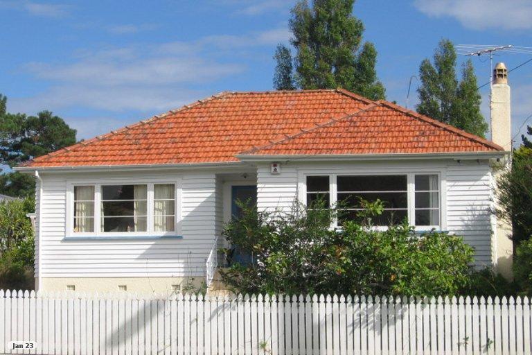 Property photo for 142 Lynwood Road, New Lynn, Auckland, 0600