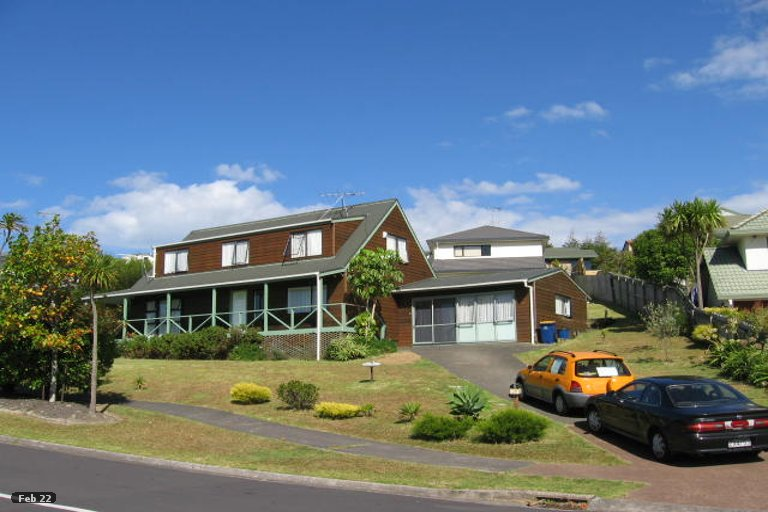 Property photo for 28 Goldfinch Rise, Unsworth Heights, Auckland, 0632