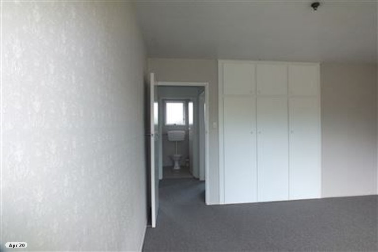 Property photo for 2/127 MacKenzie Avenue, Woolston, Christchurch, 8023
