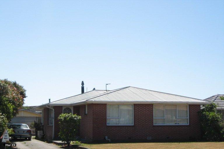 Photo of property in 49 Bickerton Street, Wainoni, Christchurch, 8061