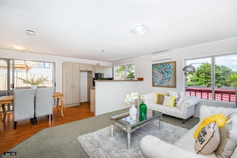 Property photo for 4 Charnley Grove, Glenfield, Auckland, 0629
