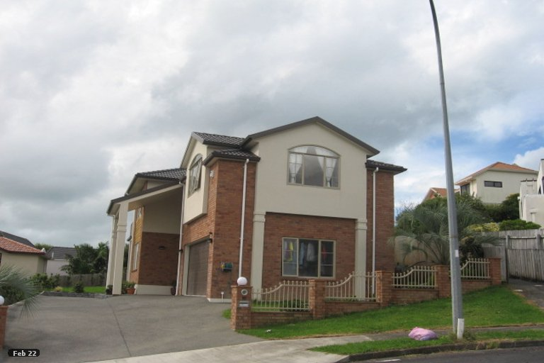 Property photo for 10 Anure Place, Highland Park, Auckland, 2010