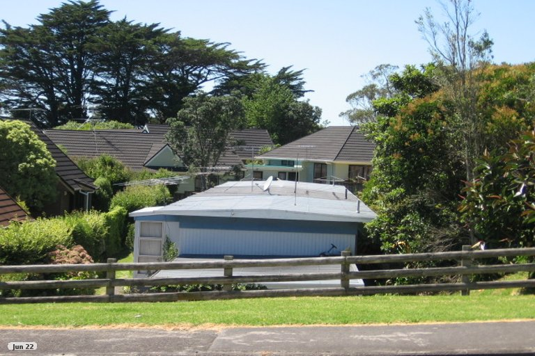 Property photo for 1/11 Aorangi Place, Birkenhead, Auckland, 0626