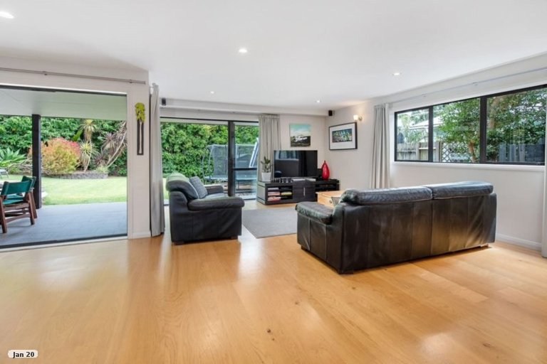 Property photo for 86 Deep Creek Road, Torbay, Auckland, 0630