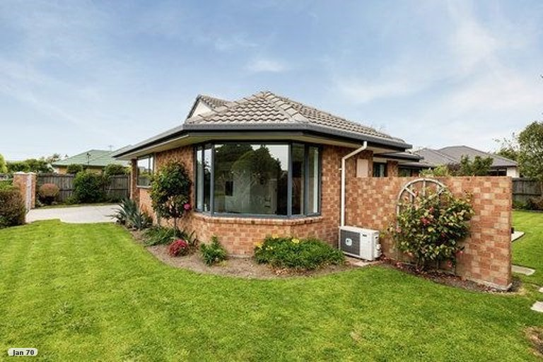 Property photo for 18 Shearwater Drive, Woolston, Christchurch, 8023