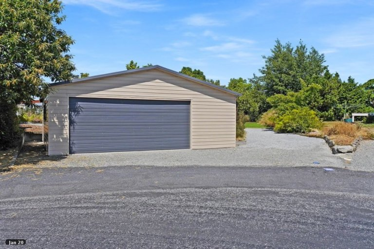 Photo of property in 5 Wolds Place, Twizel, 7901