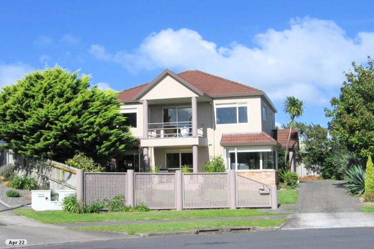 Property photo for 13 Dunn Place, Farm Cove, Auckland, 2010
