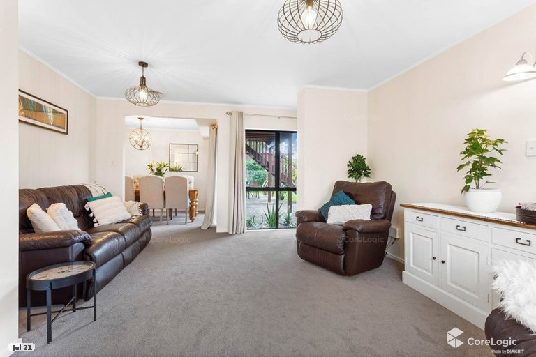 Photo of property in 22 Princeton Parade, Albany, Auckland, 0632