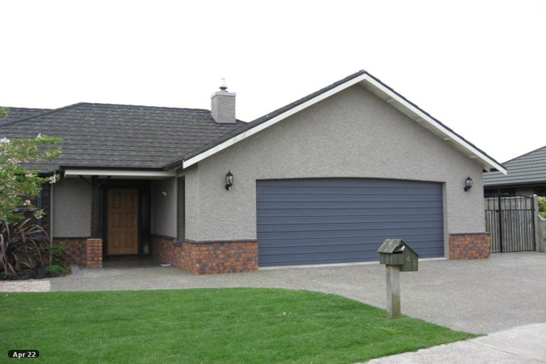 Photo of property in 46 Hoult Crescent, Monaco, Nelson, 7011