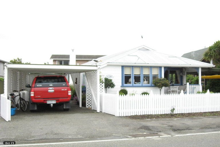 Photo of property in 100 Point Road, Monaco, Nelson, 7011