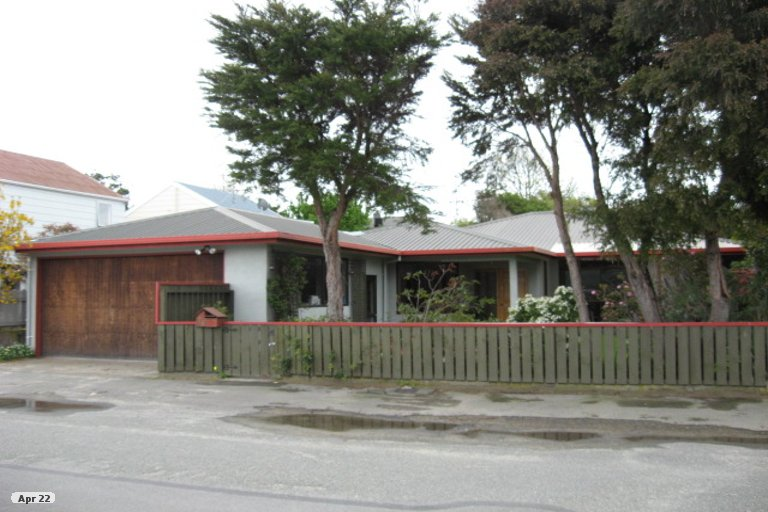 Photo of property in 74 Point Road, Monaco, Nelson, 7011