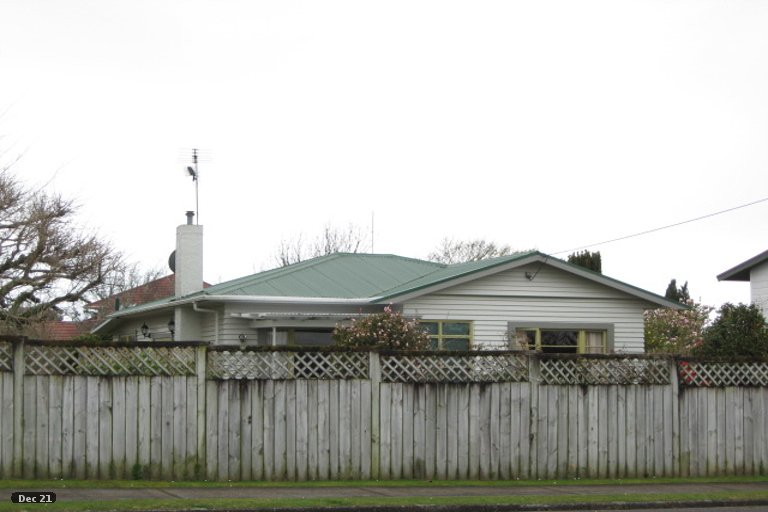 Photo of property in 19 Oriental Street, Welbourn, New Plymouth, 4312