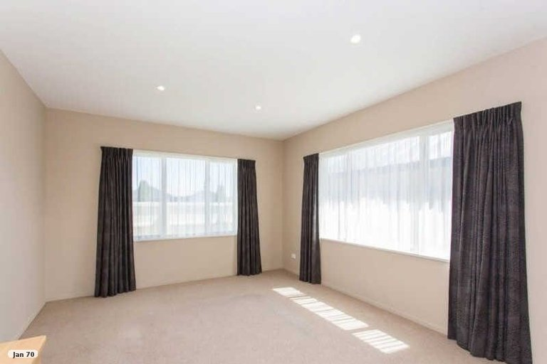 Property photo for 16 Saint Florian Place, Woolston, Christchurch, 8062