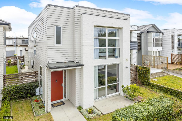 Property photo for 6 McGinty Street, Takanini, 2112