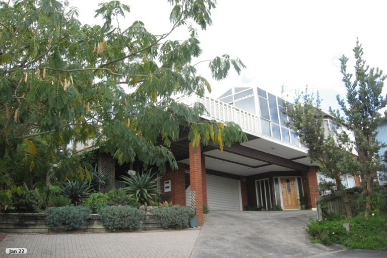 Property photo for 1/13 Anure Place, Highland Park, Auckland, 2010