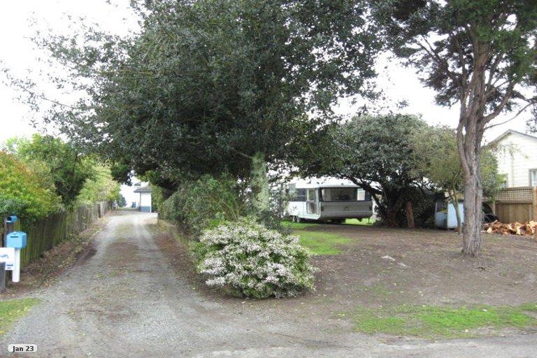 Photo of property in 16 Martin Street, Monaco, Nelson, 7011