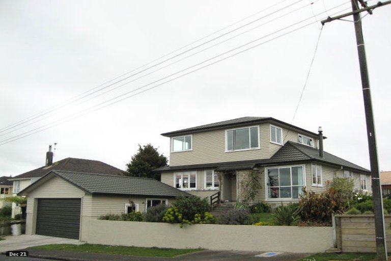 Photo of property in 8 Aotea Street, Welbourn, New Plymouth, 4312