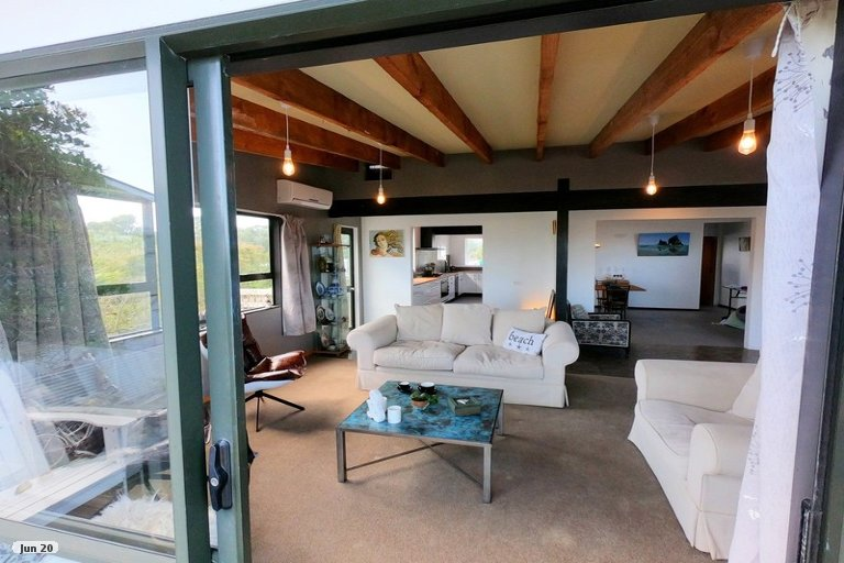 Property photo for 5 Marine Parade, Carters Beach, Westport, 7825