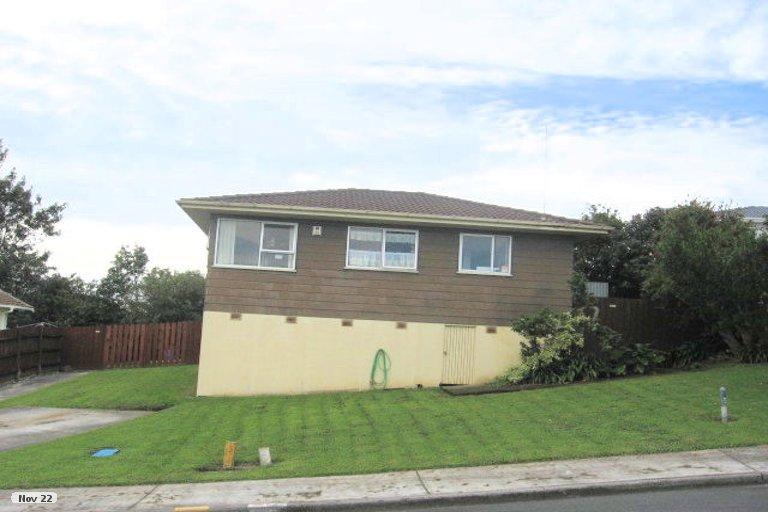 Property photo for 6 Struan Place, Highland Park, Auckland, 2010