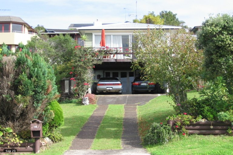 Property photo for 19 Sunderlands Road, Half Moon Bay, Auckland, 2012
