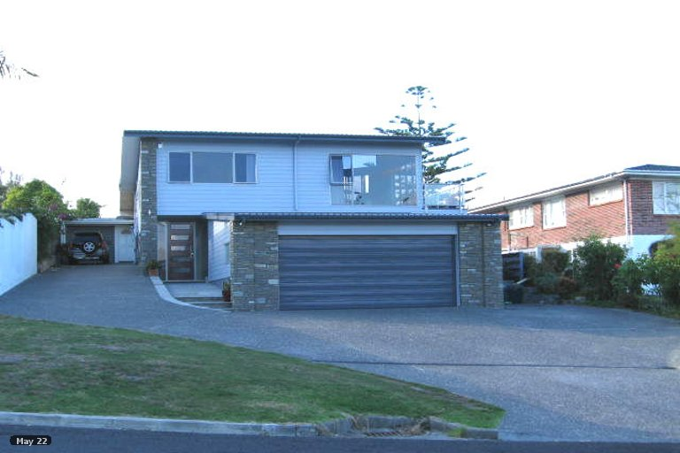 Property photo for 1/9 Ellangowan Road, Waiake, Auckland, 0630