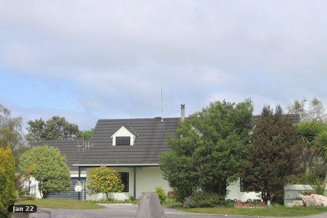Photo of property in 2 Ascot Close Richmond Heights Taupo District