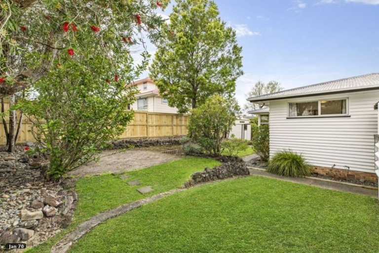 Property photo for 56 Judkins Crescent, Cockle Bay, Auckland, 2014