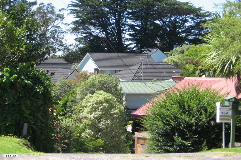 Photo of property in 1/15 Aorangi Place, Birkenhead, Auckland, 0626