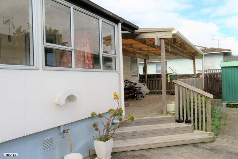 Property photo for 373 Bucklands Beach Road, Bucklands Beach, Auckland, 2012