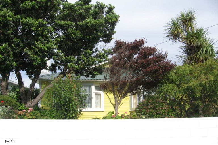Property photo for 186 Coutts Street, Rongotai, Wellington, 6022