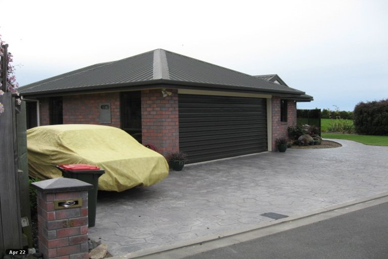 Photo of property in 36 Hoult Crescent, Monaco, Nelson, 7011