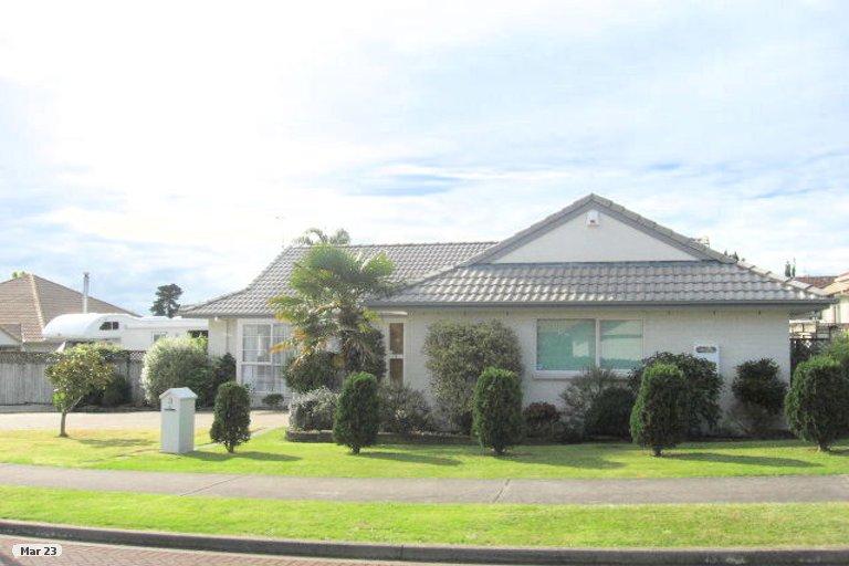 Property photo for 3 Palmcrest Grove, Highland Park, Auckland, 2010