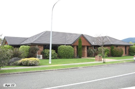 Photo of property in 1 Hoult Crescent Monaco Nelson City