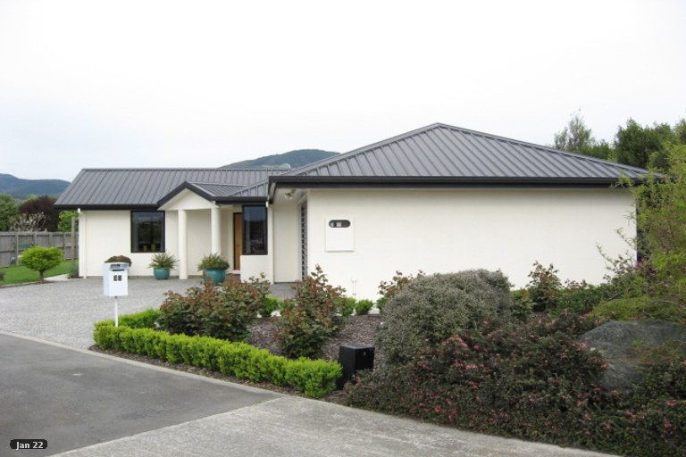 Photo of property in 30 Hoult Crescent, Monaco, Nelson, 7011