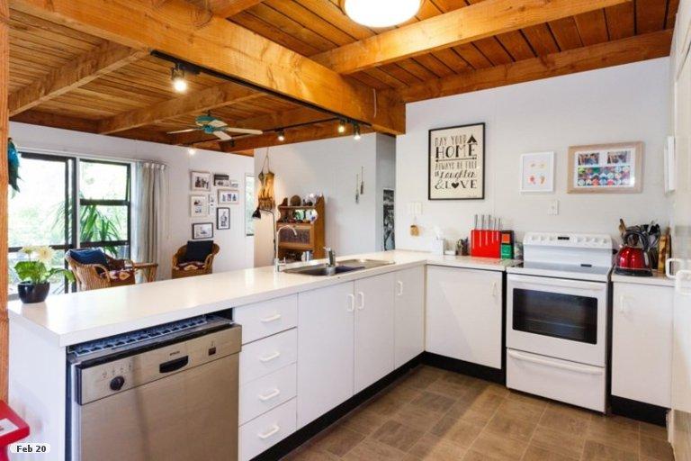 Property photo for 6 Lincoln Street, Ashhurst, 4810