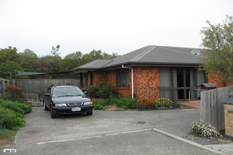 Photo of property in 14 Hoult Crescent, Monaco, Nelson, 7011
