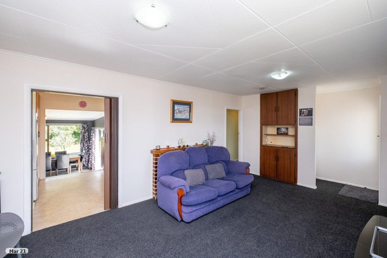 Photo of property in 23 Bedford Street, Eltham, 4322