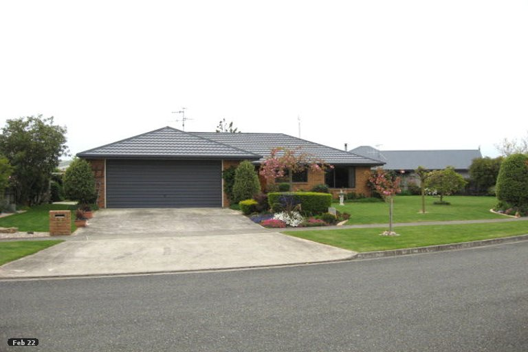 Photo of property in 3 Hoult Crescent, Monaco, Nelson, 7011