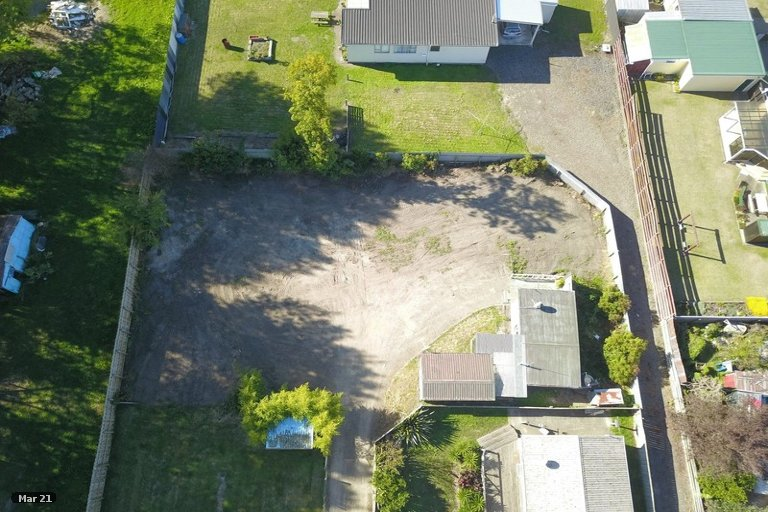 Photo of property in 77B Avenue Road, Foxton, 4814