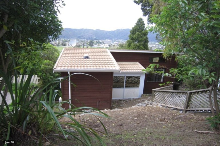 Property photo for 6 Wairere Road, Belmont, Lower Hutt, 5010