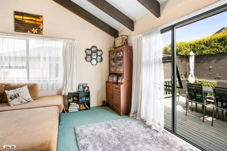 Property photo for 35A Geneva Place, Blockhouse Bay, Auckland, 0600