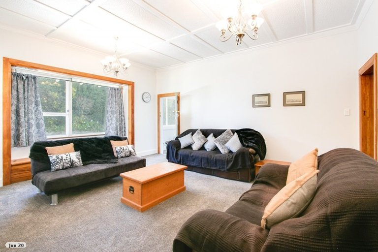 Photo of property in 57 Milton Road, Bluff Hill, Napier, 4110