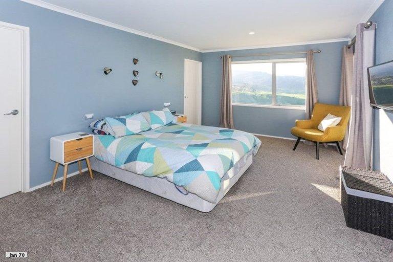 Property photo for 428 Kaiaua Road, Kaiaua, Miranda, 2473