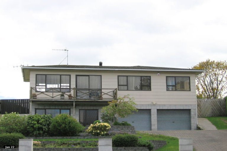 Photo of property in 118 Taupo View Road, Taupo, 3330