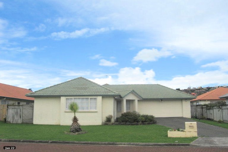 Photo of property in 14 Palmcrest Grove, Highland Park, Auckland, 2010