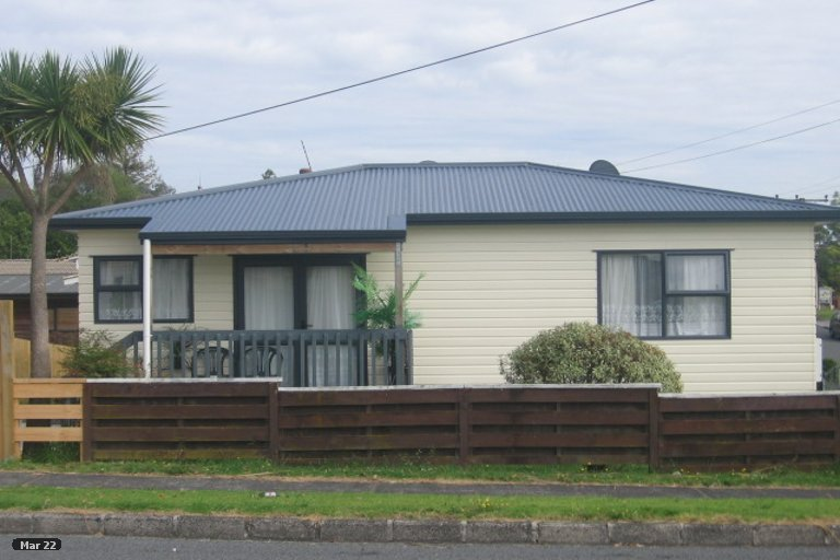 Property photo for 66A Lynwood Road, New Lynn, Auckland, 0600